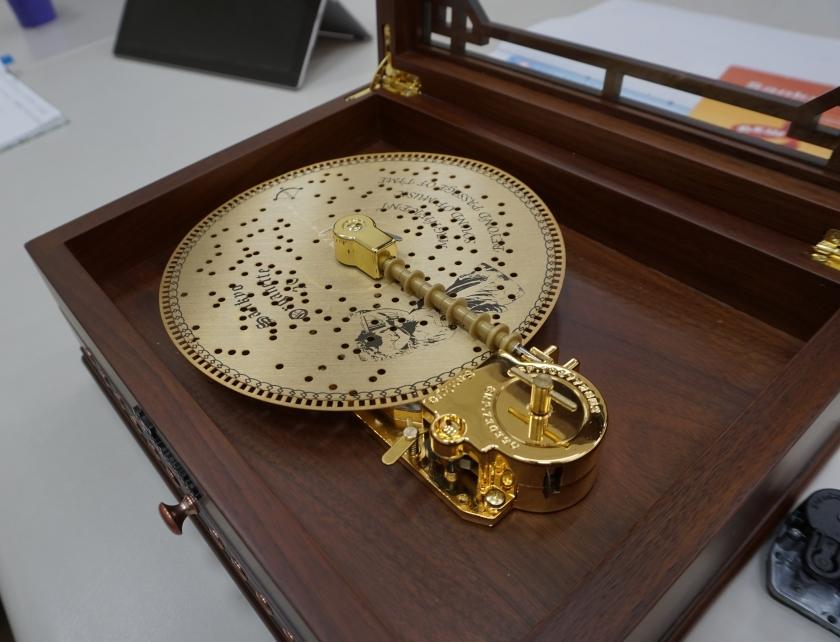 懷舊紙式唱盤音樂盒
