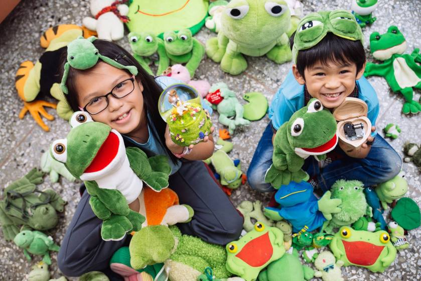 音樂青蛙的孩子被青蛙包圍2